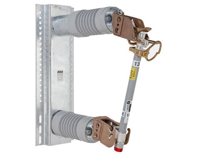station-vertical-offset-style-14-4-kv-smd-20-power-fuse